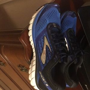 Men's Brooks running shoes Ghost 9 size 11